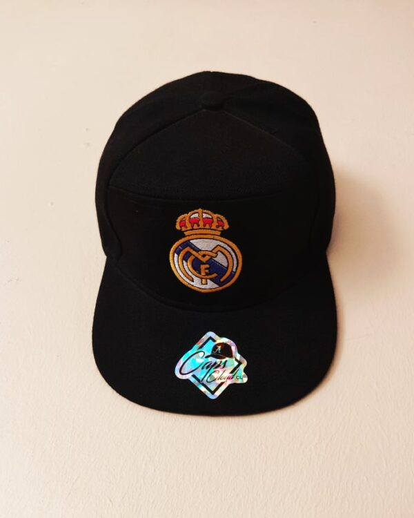 Real Madrid negro visera plana